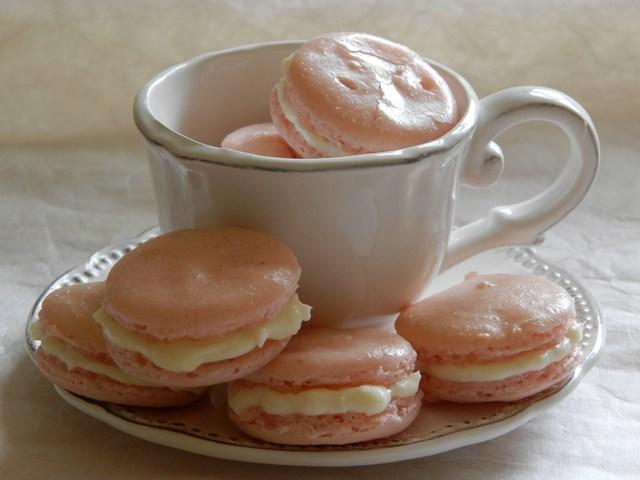 Macaron al cioccolato bianco e cocco