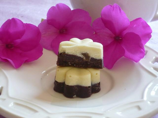 Cioccolatini bicolore con cuore di zenzero