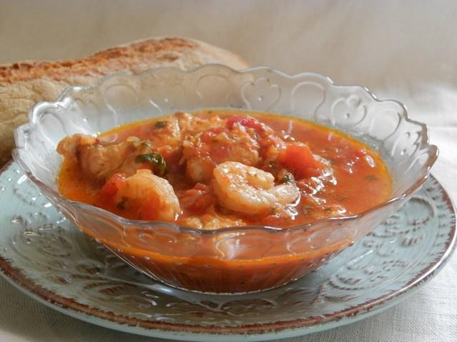 Zuppa di pesce al profumo di basilico