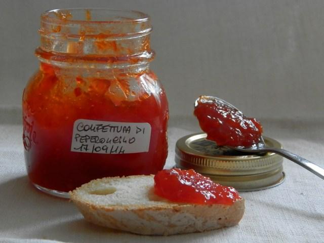 Confettura di peperoncini piccanti