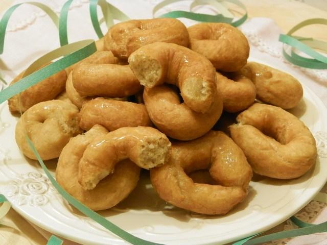 Ciambelle integrali fritti al miele e limone