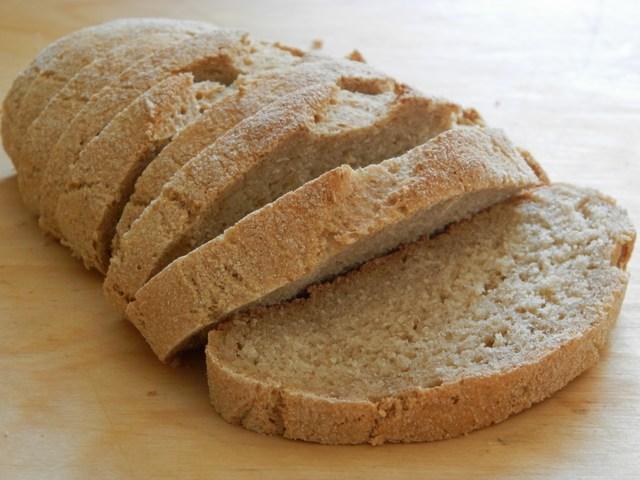 Filoncino di pane al farro