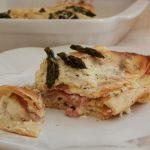Crespelle semintegrali con asparagi grigliati e bacon
