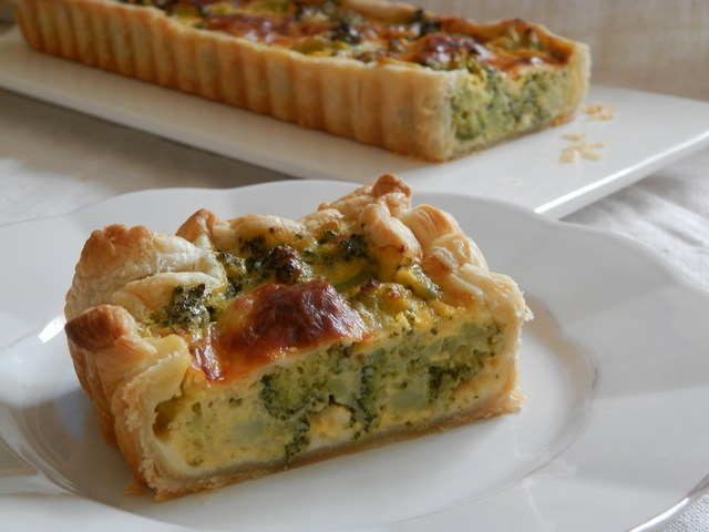 Torta salata ai broccoli e provola