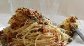 Spaghetti poveri ai capperi