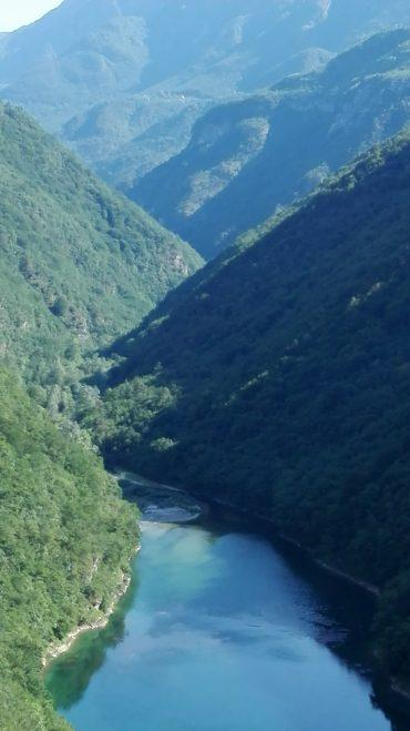In moto tra le Valli del Pasubio e il Passo della Borcola