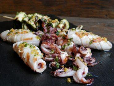 Calamari grigliati  con olio al limone e menta