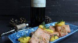 Trancio di trota salmonata glassata alla senape e miele con zabaione salato al Rezio Terrazze Retiche di Sondrio I.G.T.