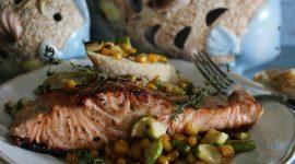 Trancio di salmone all'austriaca con verdure croccanti