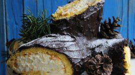Tronchetto di Natale ripieno di crema di mascarpone e mandarini