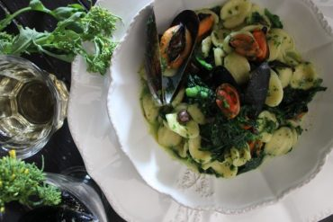 Orecchiette cozze e cime di rapa con olive nere