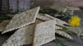 Cracker con semi di chia e farina di riso