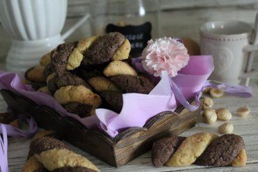 Torcetti cacao e nocciole