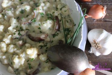 Zuppa di cavolfiore e porcini